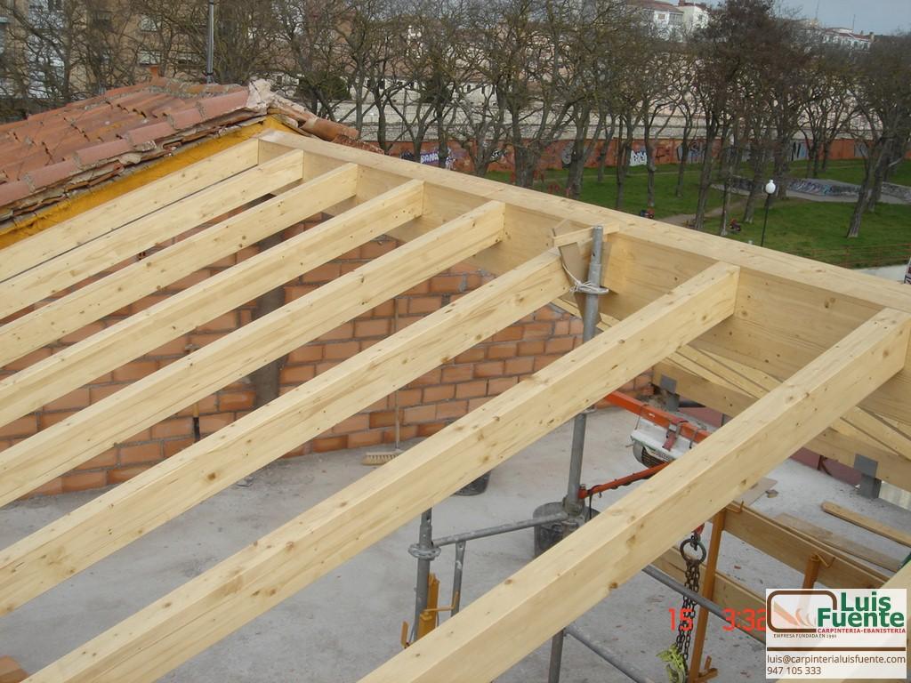 Estructuras de madera carpinter a luis fuente burgos for Como hacer tejados de madera